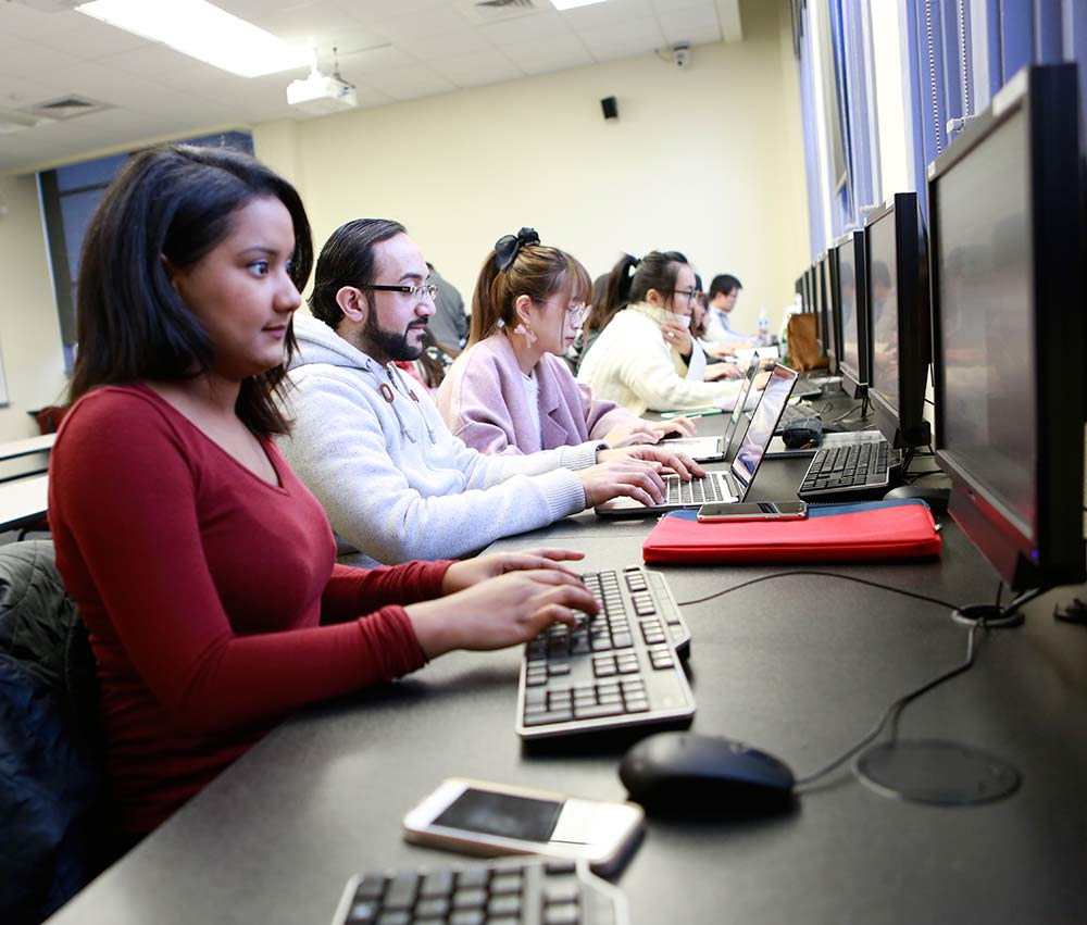 WOU students on computers in class