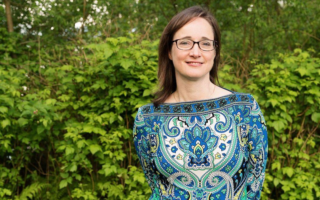 Teacher Ed professor Dr. Rachel Harrington receives Pastega Award
