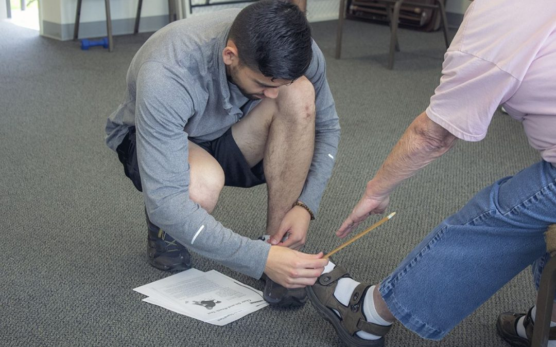 Exercise science students lead fitness program at senior center