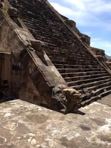 Pyramid-Quezalcoalt
