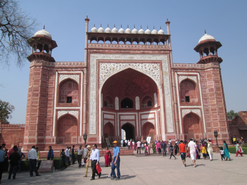 The gate before entering into the Taj Mahal
