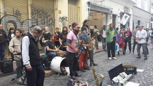 A picture of one of the many performances in San Telmo, Buenos Aires.