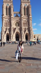 This is a picture of me outside la basilica (church) de Lujan.