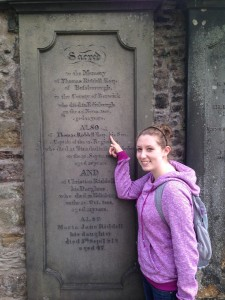 Me next to Tom Riddle's Grave